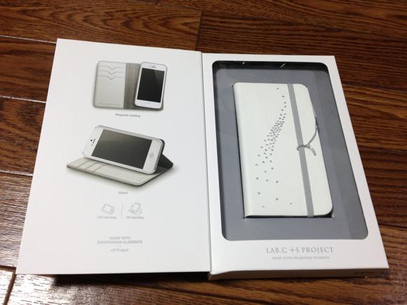 [Å] ICカードを持ち運べるiPhoneケース「LAB.C +S Smart Wallet Case」の分離機能に一目惚れ!