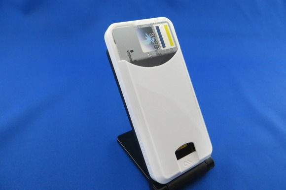 [Å] お財布携帯風になるiPhoneケース「Case-Mate Barely There ID Case」購入!