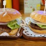 [Å] ハニービー 横須賀 ネイビーバーガー老舗店のバーガーはお肉がジューシー!
