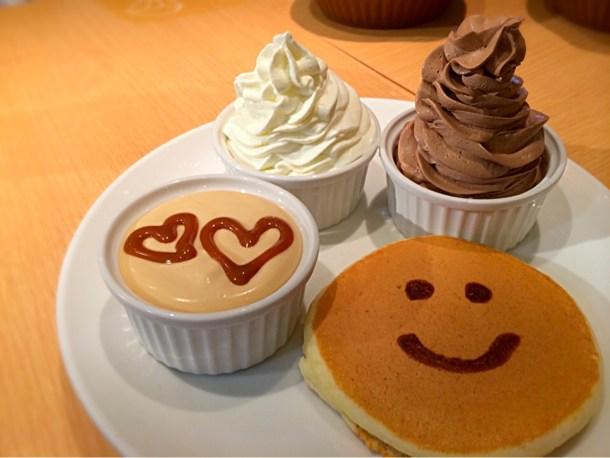 生クリームやチョコクリーム、キャラメル