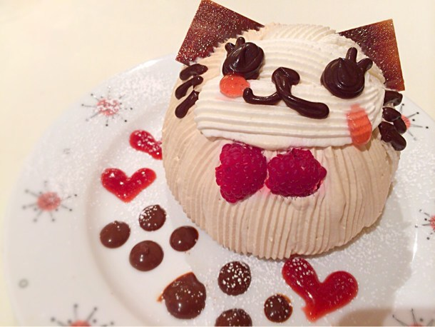 [Å] 可愛いすぎるケーキが話題!代官山のチョコホリックカフェの猫型ケーキ!