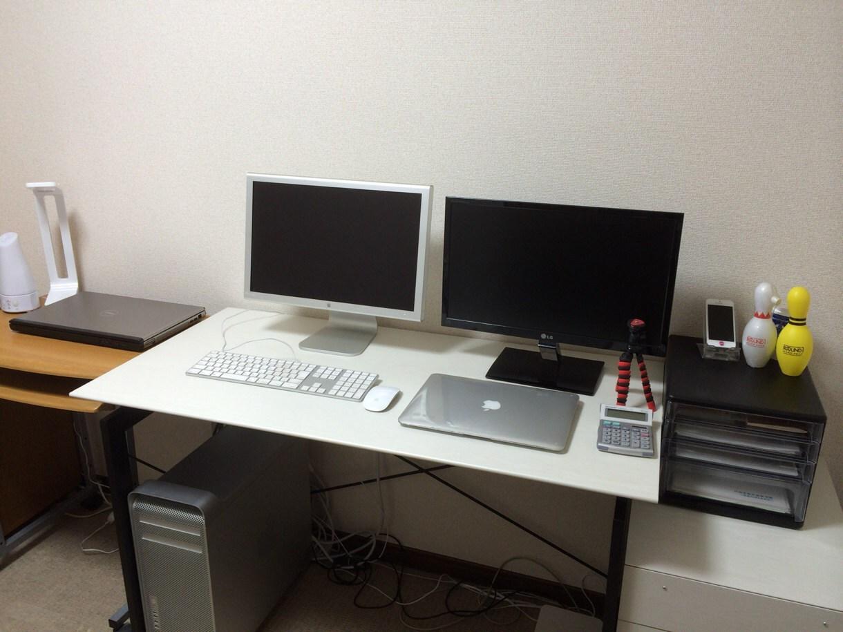 [Å] 作業効率格段アップ!デュアルモニタに最適な作業デスクをご紹介!
