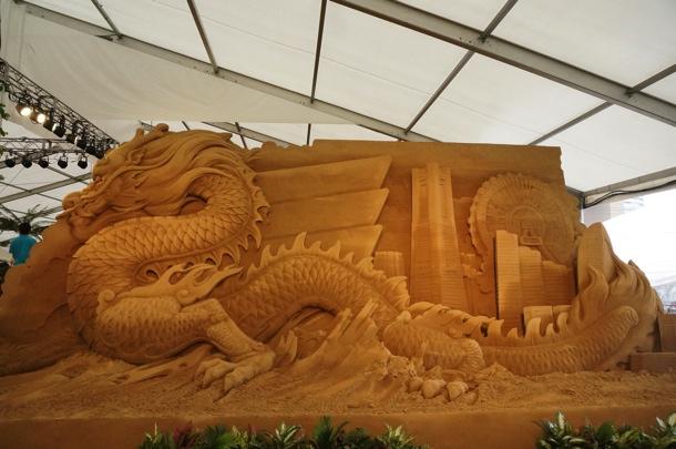 [Å] 期間限定「ヨコハマ砂の彫刻展」の作品が予想以上に芸術的で見応えあり!!