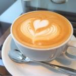 [Å] 吉祥寺「リュモンコーヒースタンド」こだわりの珈琲で作られた一杯のカフェラテ