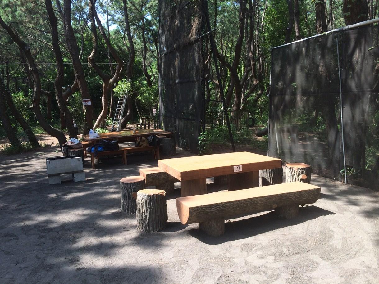 キャンプっぽい椅子とか机