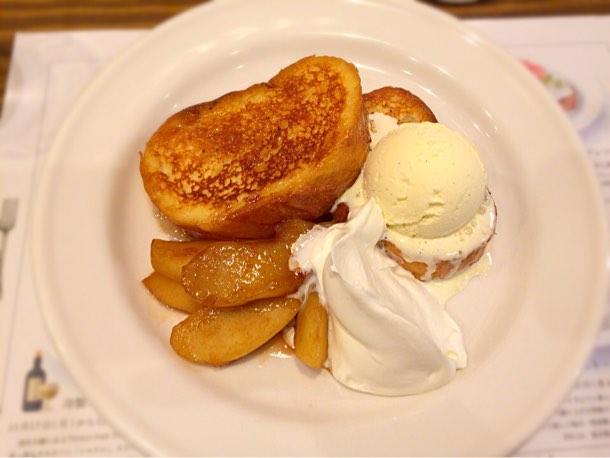 アップルのフレンチトースト