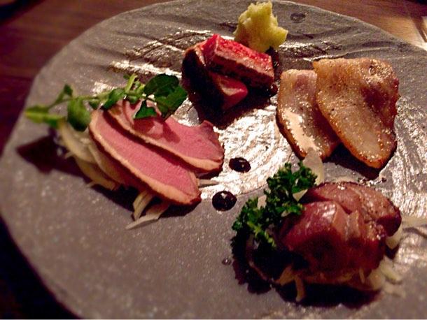燻製のおつまみセット(富士黒豚の自家製燻製ベーコン・燻製ラム肉・燻製鴨ロースト・A5黒毛和牛燻製リブロース)