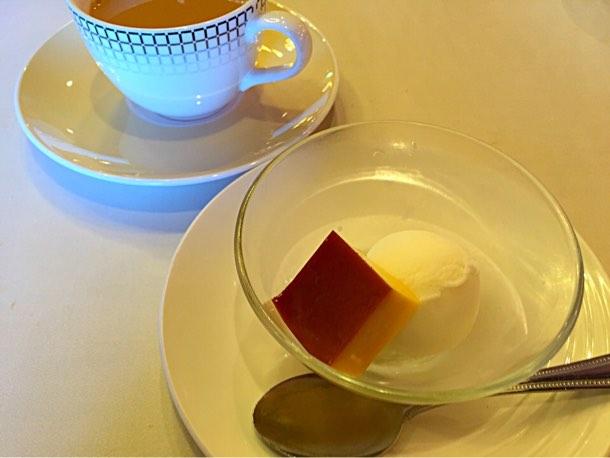 最後はドリンク(コーヒーor紅茶)とデザート