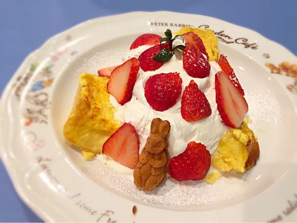 モペットの苺フレンチトースト
