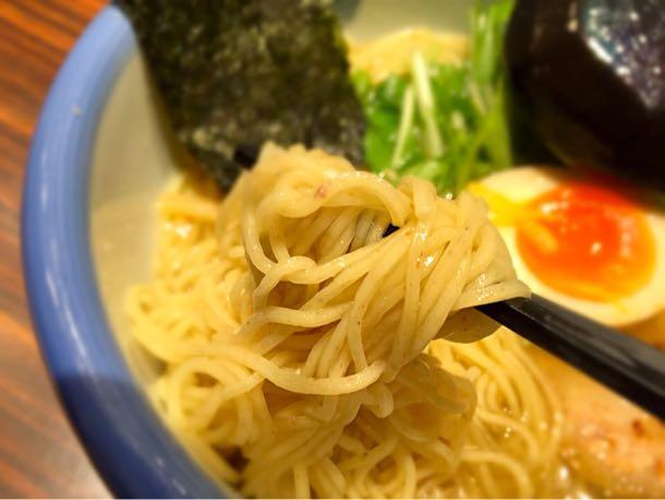 柚子塩らーめんの麺