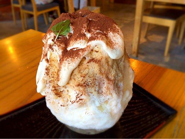 三軒茶屋「かんな」人気味のかき氷ティラミス