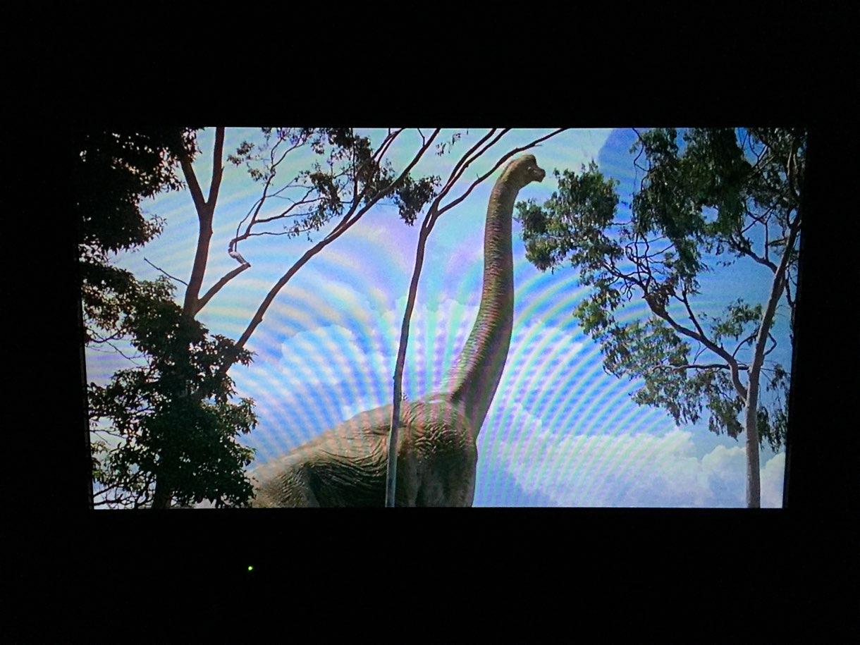 テレビに映ったジュラシック・パークの映像