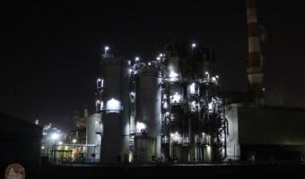 人気No.2の工場夜景「東亜石油精油所」