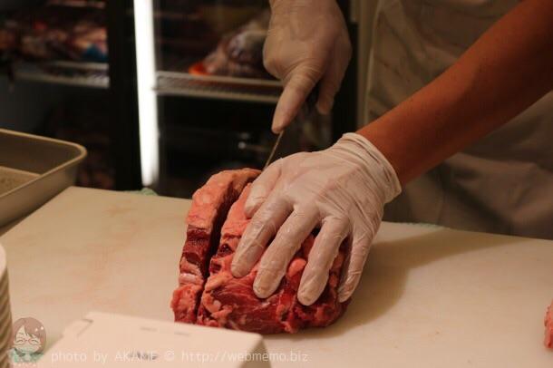 ステーキ 厚切りカット