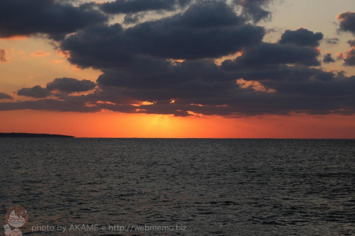 西平安名岬 水平線