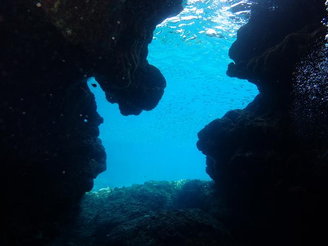 宮古島 青の洞窟 シュノーケリング体験
