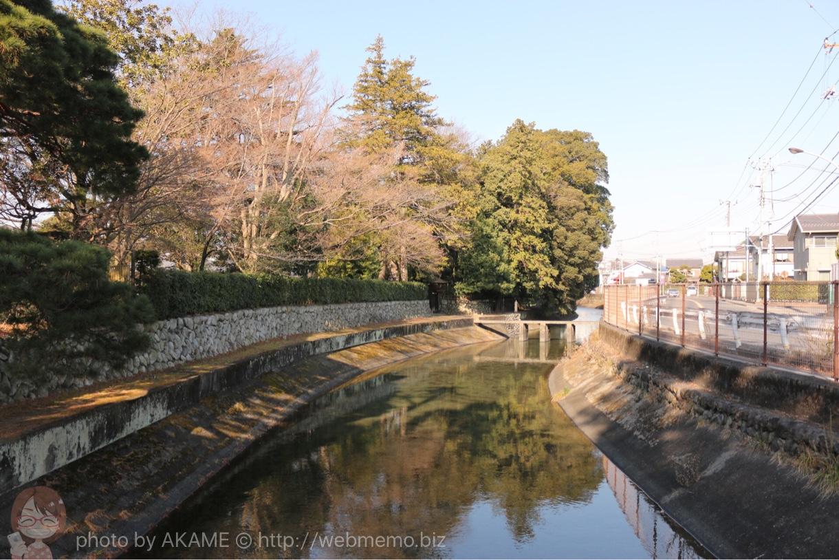 宿橋から眺める川