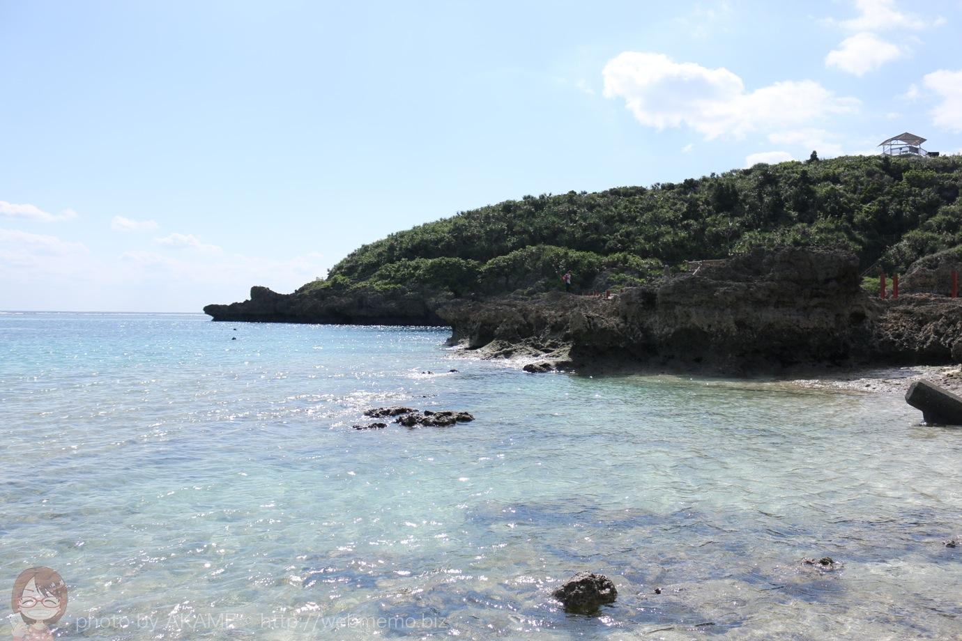 岩場から見える海