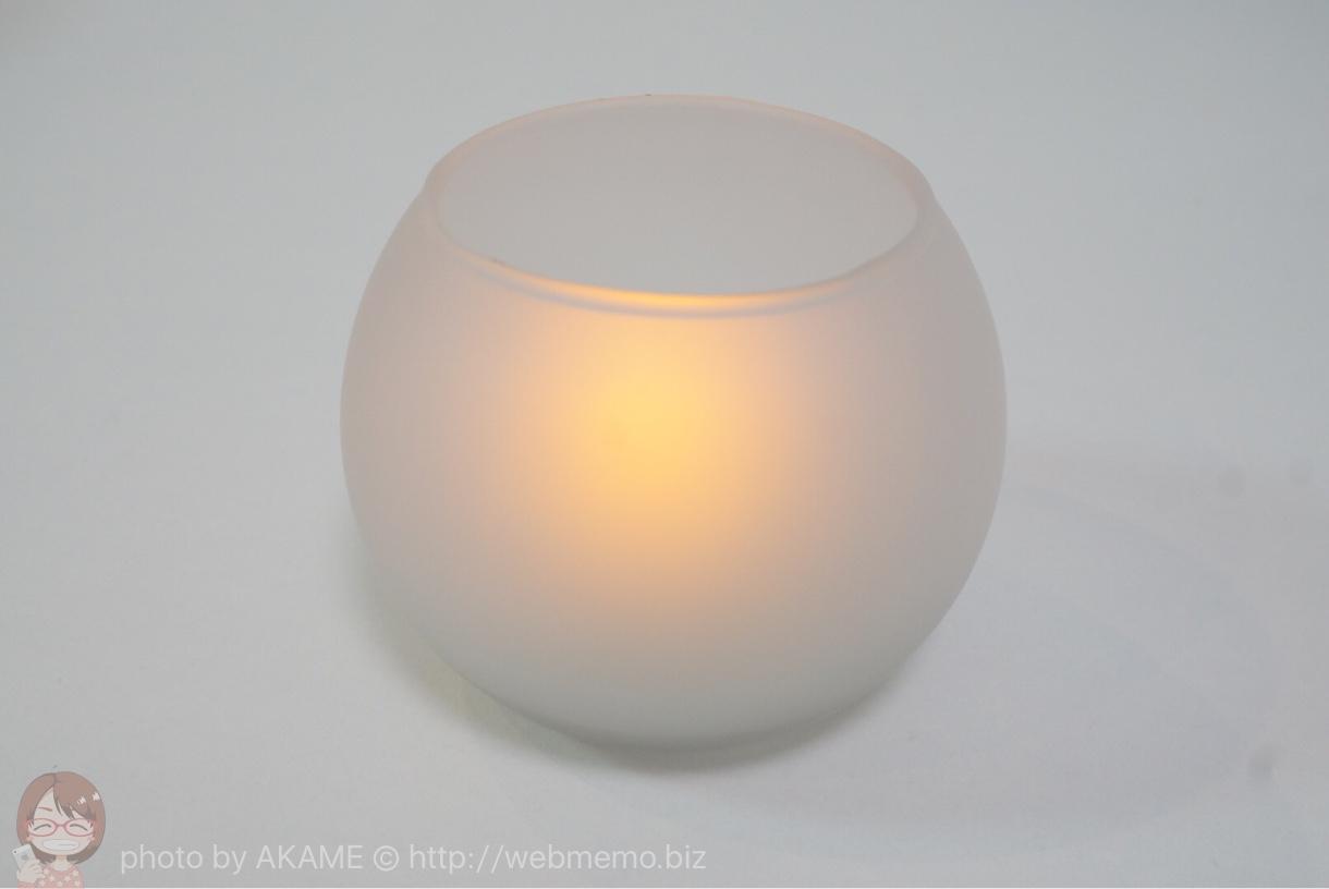 LEDキャンドル 明るい場所での点灯の様子