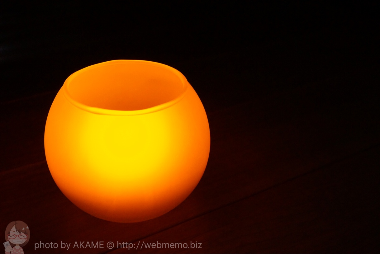 LEDキャンドル 暗い場所での点灯の様子