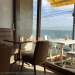 [Å] bills 七里ヶ浜店 海を眺めて食べるパンケーキは贅沢・絶品!江の島灯台も眺望