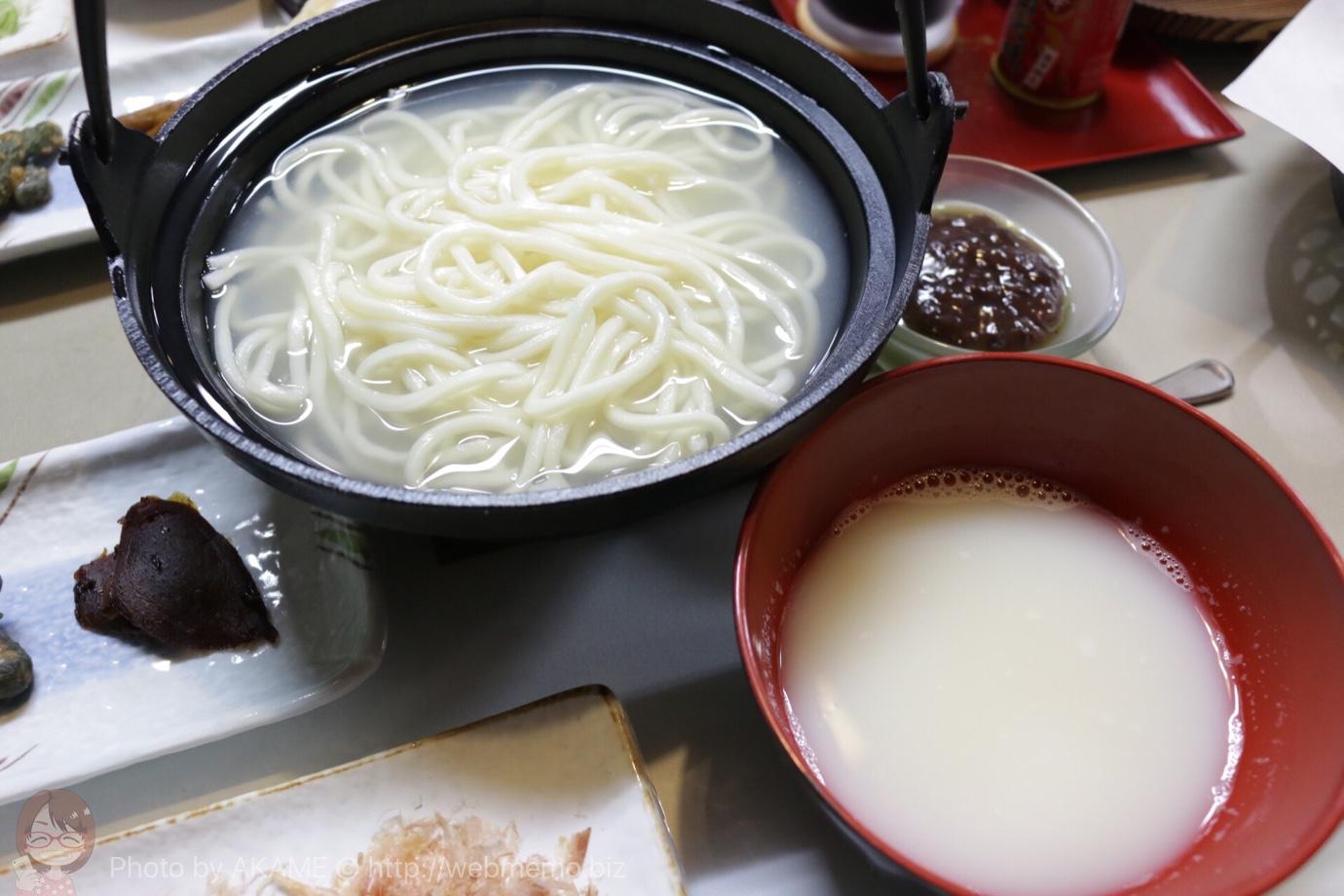 味噌製造・直売所「新田醸造」で長野の郷土料理おしぼりうどんに挑戦!衝撃の辛さで驚いた