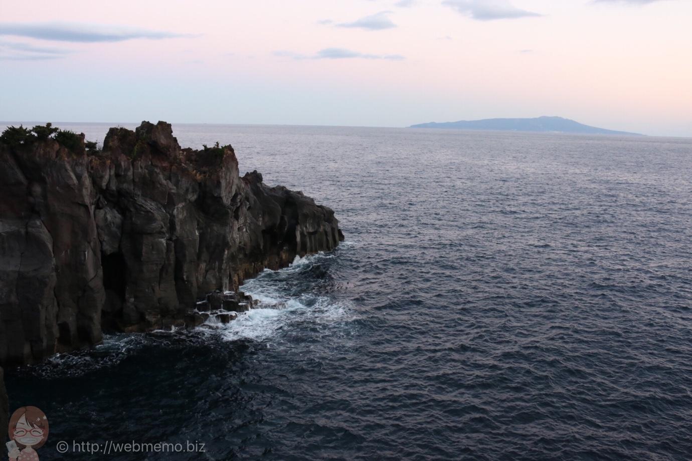 城ヶ崎から見た大島