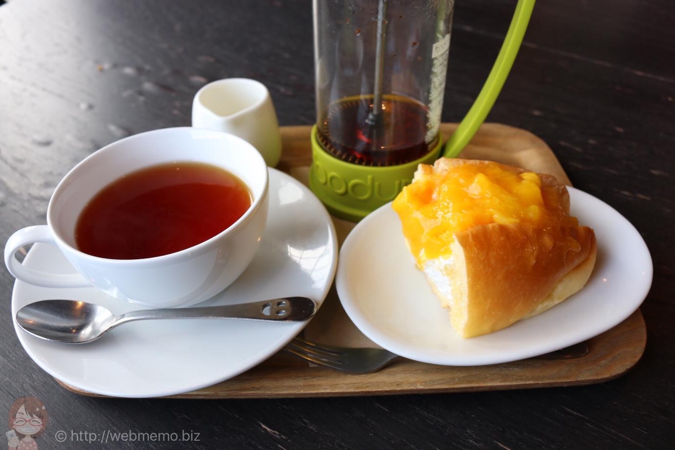 三重県津 超人気カフェ「高虎ドッグ」を訪問!ヨットハーバー目の前、ドッグの生地がメチャウマ