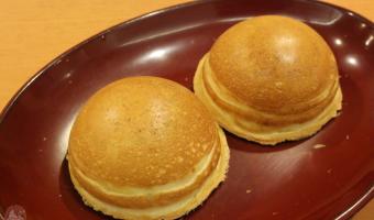 三重県津スイーツ「蜂蜜まん 」を食べるならできたて提供の本舗がいい!