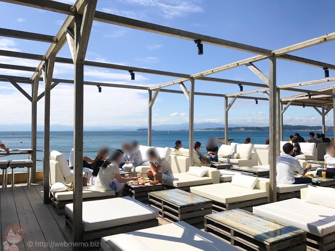 神奈川県「カボン」は海・砂浜が目の前の絶景リゾートカフェ!快晴の日に行ったら気持ち良すぎた