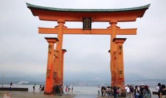 宮島 厳島神社の貴重な姿を干潮で体験!鳥居の真下まで行った感想