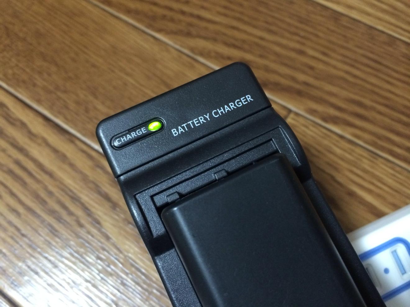 [Å] 破格!!SONY NP-FW50対応バッテリーチャージが490円!NEX5R用に買ってみた!