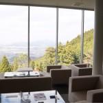 [Å] 1度は行くべし絶景カフェ!!福岡の「わらび野」で贅沢極まりないティータイム!