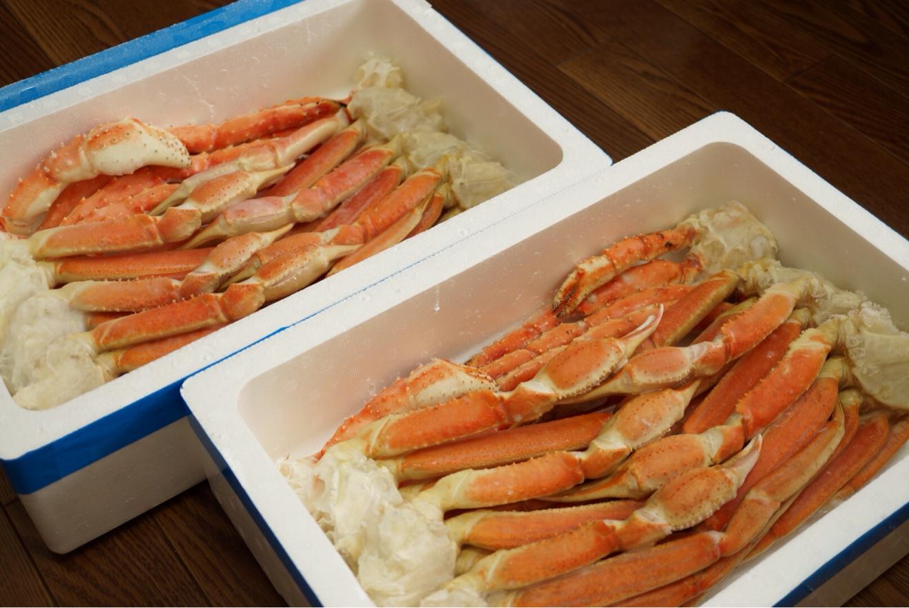 2つ合わせて4kgの蟹