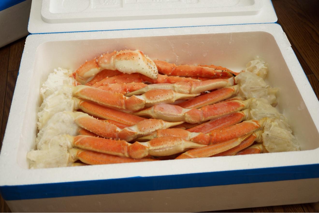 2箱目にもタラバ蟹とズワイ蟹がたんまりと。
